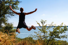 Chłopiec skacze Zdjęcia Royalty Free