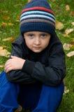 Chłopiec target1007_0_ w parku Obraz Royalty Free
