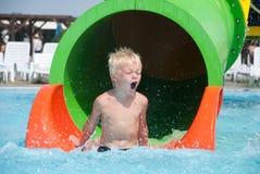 Chłopiec w aquapark Obrazy Royalty Free