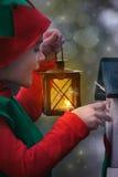 Chłopiec w elfa kostiumu z lampionem obraz stock