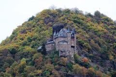 Ch?teau de Katz dans Goarhausen, vue de Sankt Goar, Allemagne photo stock