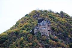 Ch?teau de Katz dans Goarhausen, vue de Sankt Goar, Allemagne photos stock