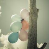 Chaîne de ballon dans le ciel Photos stock