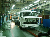 Chaîne de montage d'usine, industrie automobile Images stock