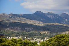 Chaîne de montagne dans Kos Photographie stock