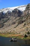 Chaîne de montagne et fleuve - Wyoming Image stock