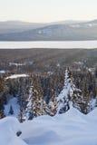 Chaîne de montagne Zyuratkul, paysage d'hiver Photographie stock libre de droits