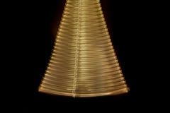Chaîne de oscillation d'or Photo libre de droits