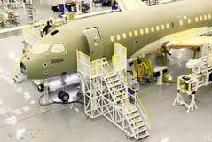 Chaîne de production de jet de série C de bombardier Photo stock
