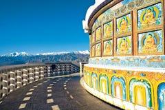 Chaîne de Stok Kangri de Shanti Stupa, Leh-Ladakh, Inde Images libres de droits