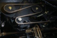 Chaîne de synchronisation d'un mécanisme industriel photographie stock libre de droits