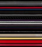 Chaînes de caractères, amorçages, fils et bandes sur le noir Photographie stock libre de droits