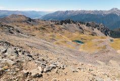 Chaînes de montagne dans les Alpes du sud près de Nelson Lakes National Park, Nouvelle-Zélande Photographie stock libre de droits