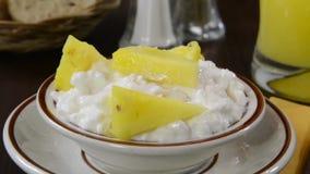 Chałupa ananas ser i zdjęcie wideo