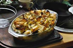 Chałupa kulebiak z grulami i mięsem Fotografia Stock