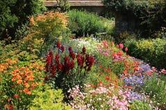 Chałupa ogród obraz stock