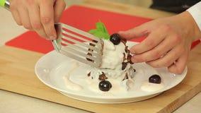 Chałupa sera bliny z czereśniową jogurt polewą zbiory wideo
