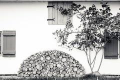 Chałupa z kurenda brogującą łupką obraz royalty free