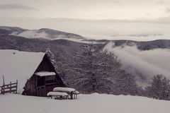chałupy góry śniegu czas biały zima drewniana Zdjęcie Stock