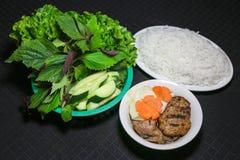 Cha ou nouilles de riz vietnamiennes de chiche-kebab Obama de petit pain Photos libres de droits