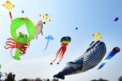 CHA- AM STRAND - 28 MAART: Internationaal de Vliegerfestival van Thailand Royalty-vrije Stock Fotografie