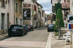 Chablis stad Frankrike arkivbilder