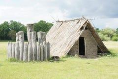 Chabola pagana - construyendo parcialmente en la tierra, Pohansko, republik checo Foto de archivo