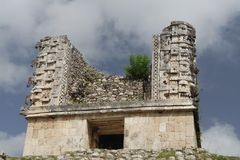 chac maskerar den uxmal mayalokalen Royaltyfria Bilder