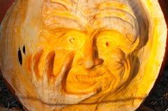 CHADDS FORD, PA - 26 DE OCTUBRE: La gran calabaza Carve que talla competencia el 26 de octubre de 2013 Imágenes de archivo libres de regalías