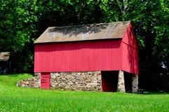 Chadds Ford, PA: Gideon Gilpin House Barn. Chadds Ford, Pennsylvania:  Fieldstone and wooden barn at the Gideon Gilpin House in Brandywine Battlefield Naitonal Royalty Free Stock Image
