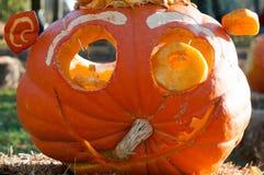 CHADDS FORD, PA - PAŹDZIERNIK 26: Wielka bania Rzeźbi cyzelowanie konkurs na Październiku 26, 2013 Zdjęcia Royalty Free