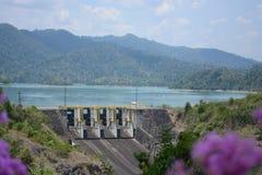 Chaew Lan水坝泰国 免版税库存图片