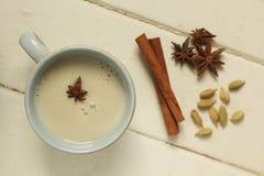 Chai auf Weiß Stockfotos