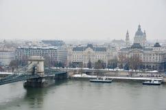 Chain överbryggar i Budapest Arkivbilder