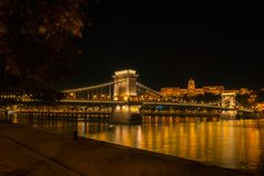 Chain bridge in budapest by night royalty free stock photography