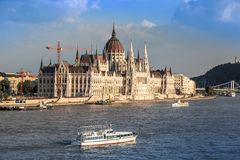 Chain Bridge and Hungarian Parliament, Budapest, Hungary Royalty Free Stock Photos