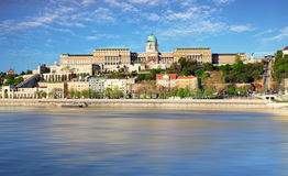 Chain bridge and royal palace, Budapest Stock Photography