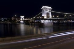 Chain bro i den Budapest staden, huvudstad av Ungern Royaltyfri Foto