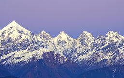 Chain of five snow clad peaks Royalty Free Stock Photography