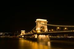 chain natt för bro Arkivfoto