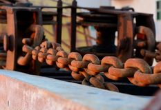Chain shackles. A rusty chain and shackles Royalty Free Stock Images