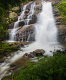 chaing mai槐Sai Lueang美丽的瀑布,泰国 免版税库存图片