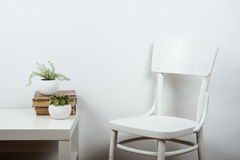 Chair and empty wall background, interior art poster mock up Stock Photography