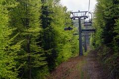 Chairlift p? det Czantoria berget, Polen royaltyfria foton
