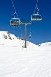 Chairlifts στην κορυφή στοκ εικόνα