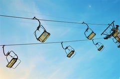 Chairlifts στις ελβετικές Άλπεις, Λα Tzoumaz στοκ εικόνα