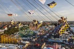 Chairoplane przejażdżka przy Oktoberfest w Monachium, Niemcy, 2016 Obraz Royalty Free