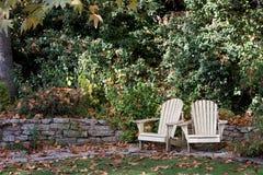 chairs att koppla av för lawn royaltyfri fotografi