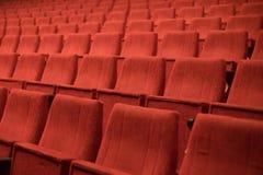 chairs den röda teatern royaltyfria bilder
