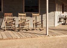 chairs den västra gammala vaggande townen Royaltyfri Fotografi